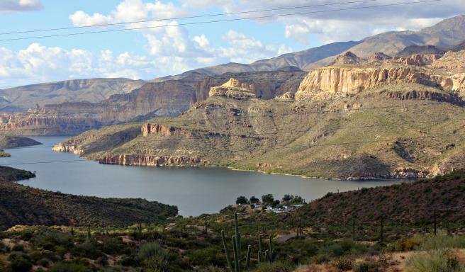 Apache Trail 044